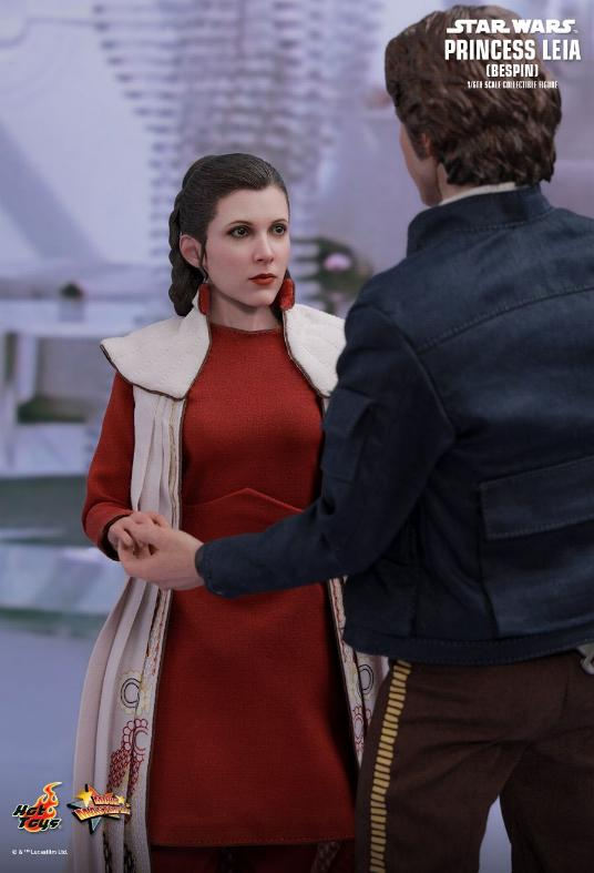 Hot Toys Star Wars - Princess Leia (Bespin) Sixth Scale Fig. Leia_b20