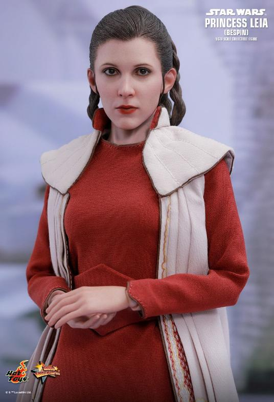 Hot Toys Star Wars - Princess Leia (Bespin) Sixth Scale Fig. Leia_b21