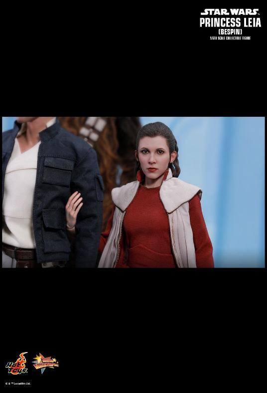Hot Toys Star Wars - Princess Leia (Bespin) Sixth Scale Fig. Leia_b25