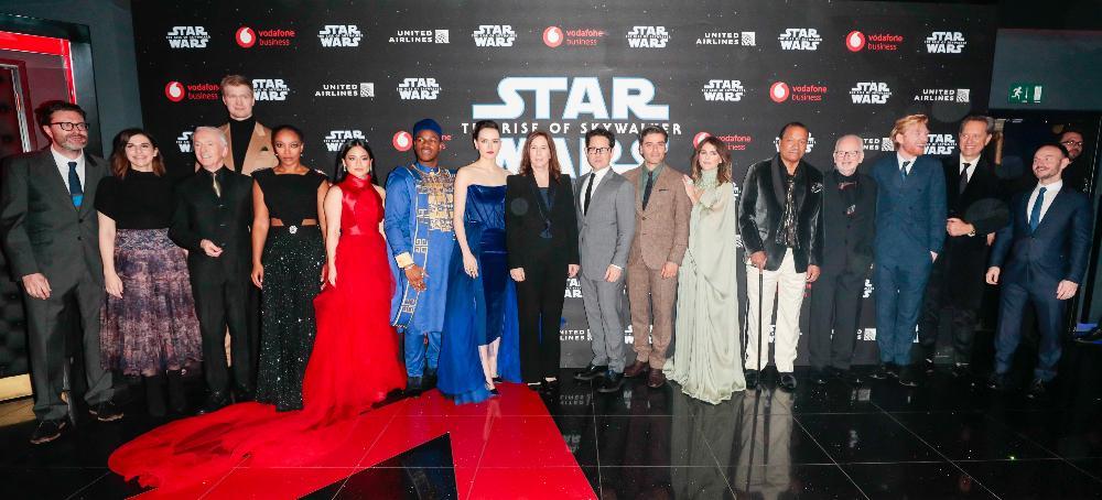 9 - Star Wars The Rise Of Skywalker - Les avants premières  London14