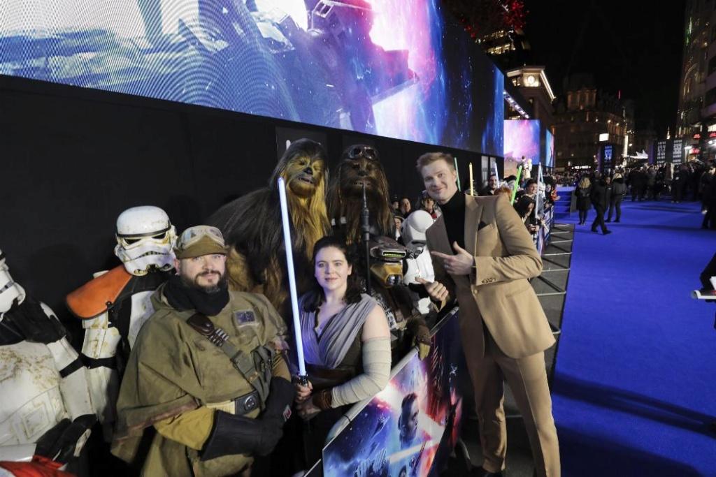 9 - Star Wars The Rise Of Skywalker - Les avants premières  London17