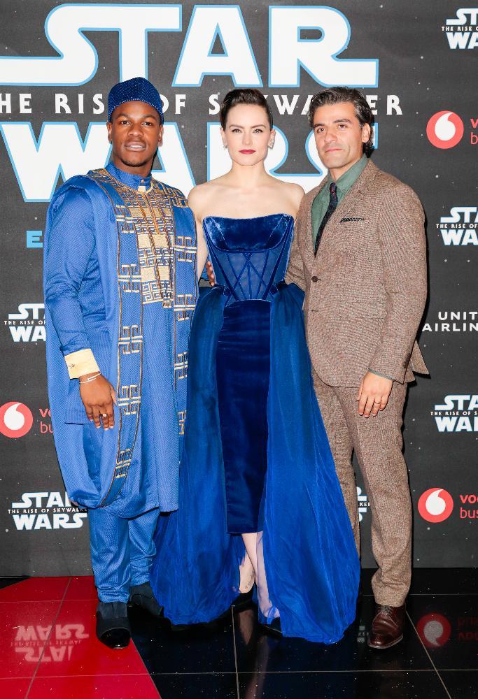 9 - Star Wars The Rise Of Skywalker - Les avants premières  London22