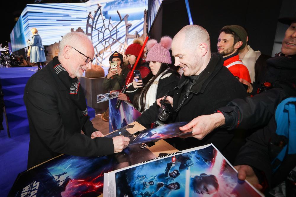 9 - Star Wars The Rise Of Skywalker - Les avants premières  London30
