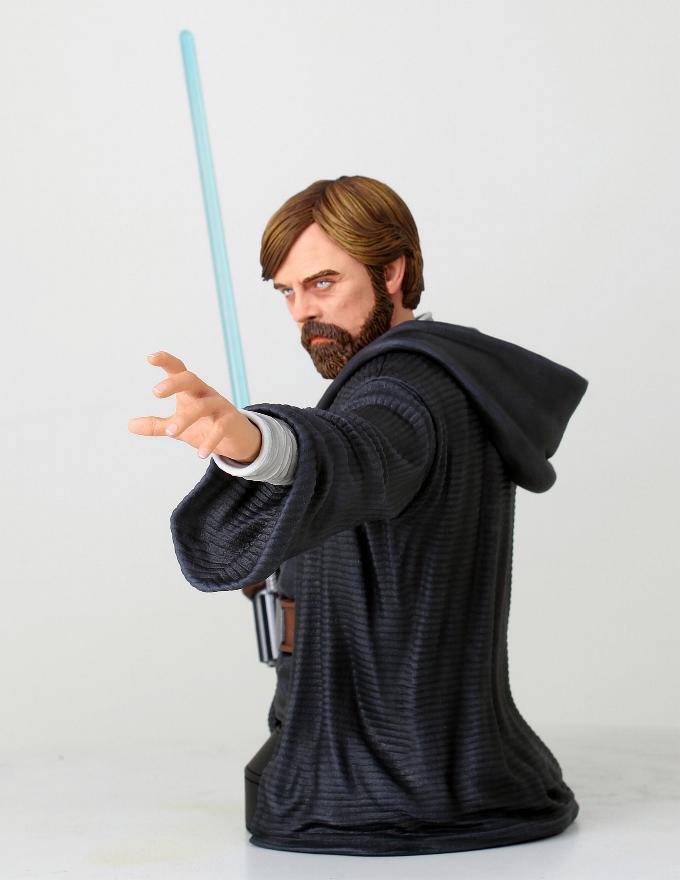 Gentle Giant - LUKE SKYWALKER - The Last Jedi 1:6 Resin Bust Luke_b13
