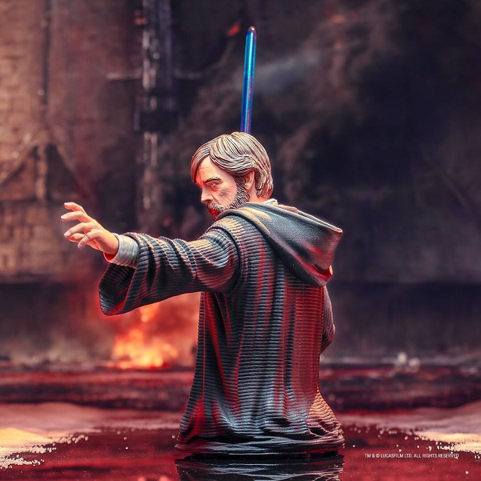 Gentle Giant - LUKE SKYWALKER - The Last Jedi 1:6 Resin Bust Luke_b18