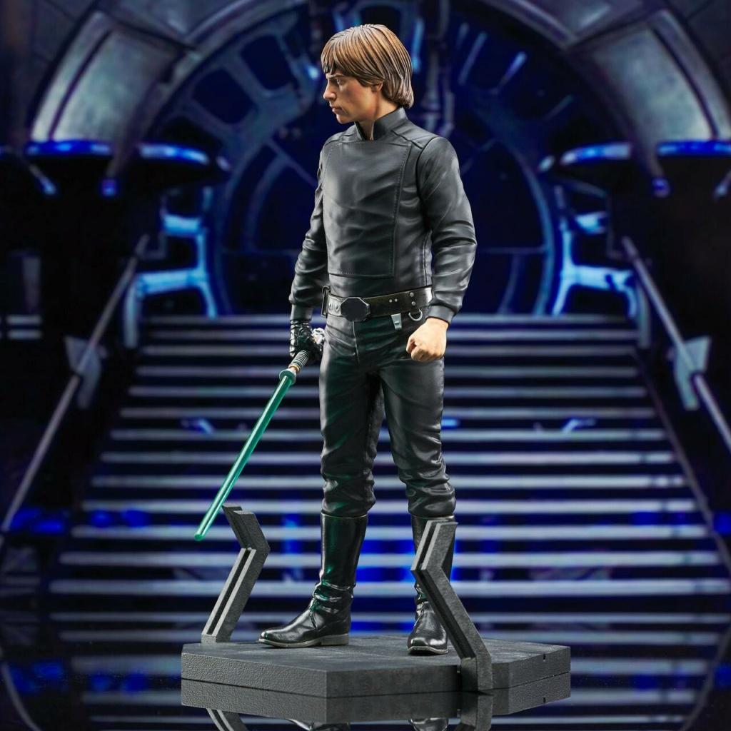Luke Skywalker Milestone Statue - Episode VI - Gentle Giant Luke_s41