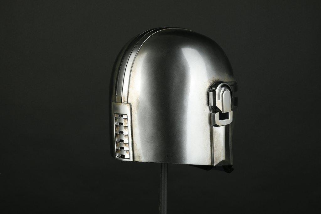 DENUO NOVO STAR WARS - The Mandalorian Helmet Mando_39