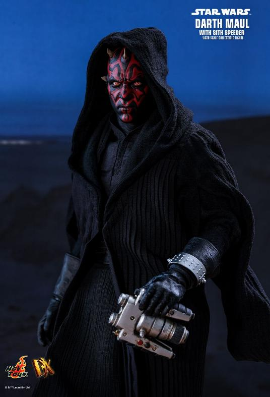 Hot Toys - Star Wars Episode I Darth Maul Sixth Scale Figure Maulan12
