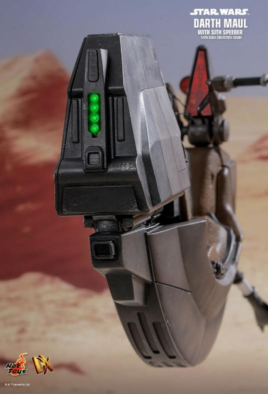 Hot Toys - Darth Maul and Sith Speeder Sixth Scale Figure Maulan16