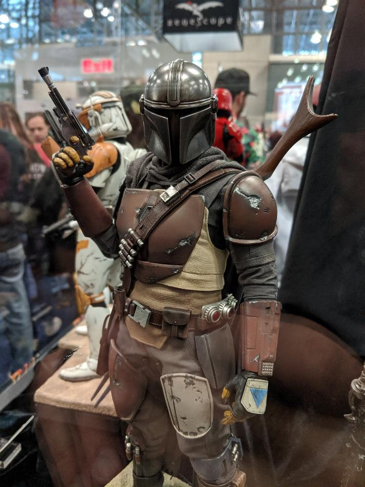 The Mandalorian 1/6 Scale Figure - Hot Toys Star Wars  Nycc-211