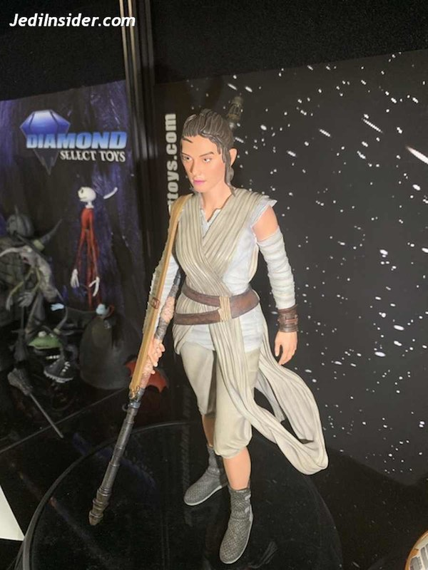 Gentle Giant - REY Star Wars The Force Awakens 1:6 Statue Nytf_010