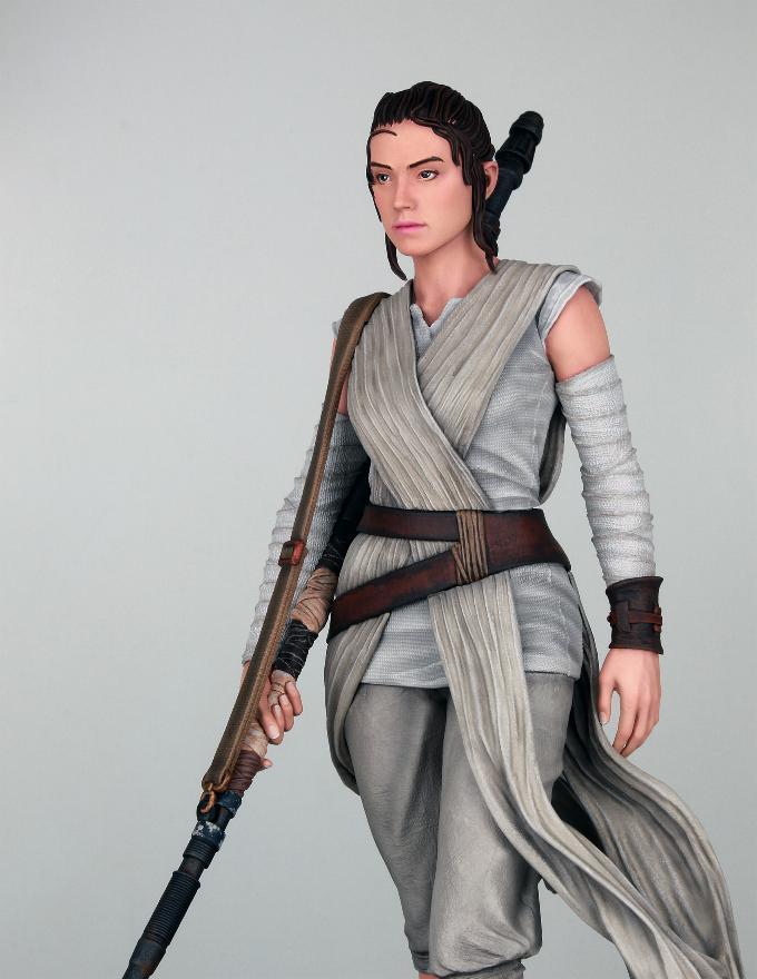 Gentle Giant - REY Star Wars The Force Awakens 1:6 Statue Rey_tf11