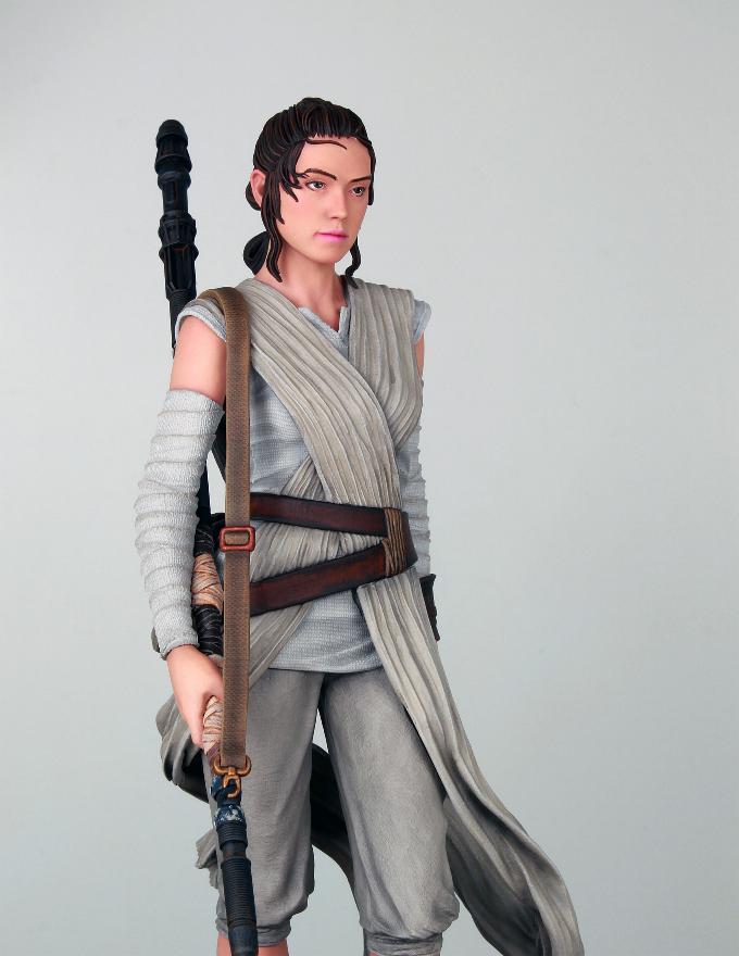 Gentle Giant - REY Star Wars The Force Awakens 1:6 Statue Rey_tf12