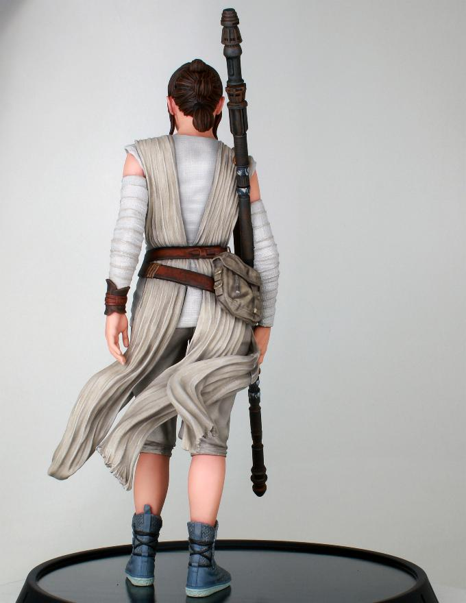 Gentle Giant - REY Star Wars The Force Awakens 1:6 Statue Rey_tf15