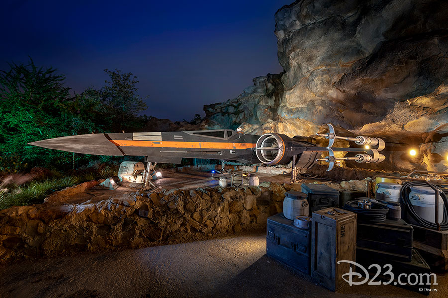 Star Wars Rise of the Resistance - Star Wars: Galaxy's Edge Rise_t15