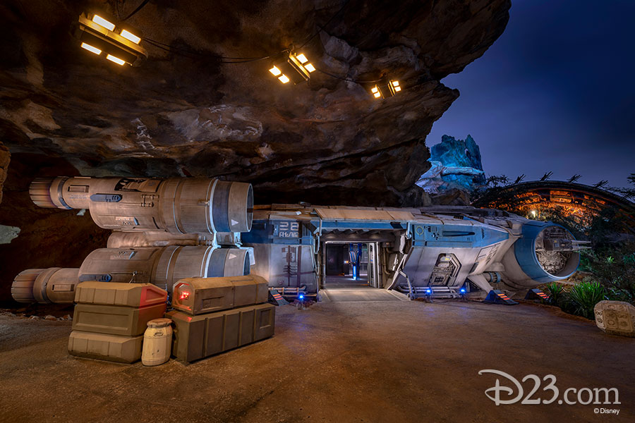 Star Wars Rise of the Resistance - Star Wars: Galaxy's Edge Rise_t16