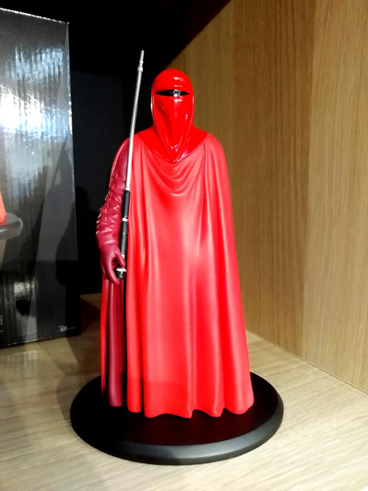 ATTAKUS - Star Wars Elite Collection 1/10 Royal Guard Statue Royal_10