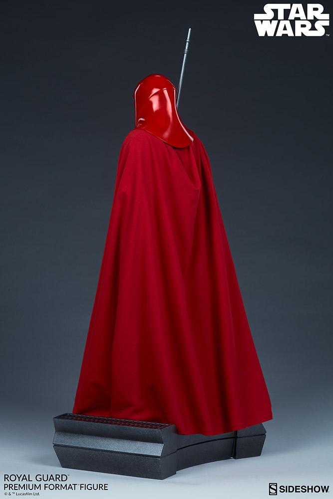 Royal Guard Premium Format Figure - Sideshow (2020) Royalg17