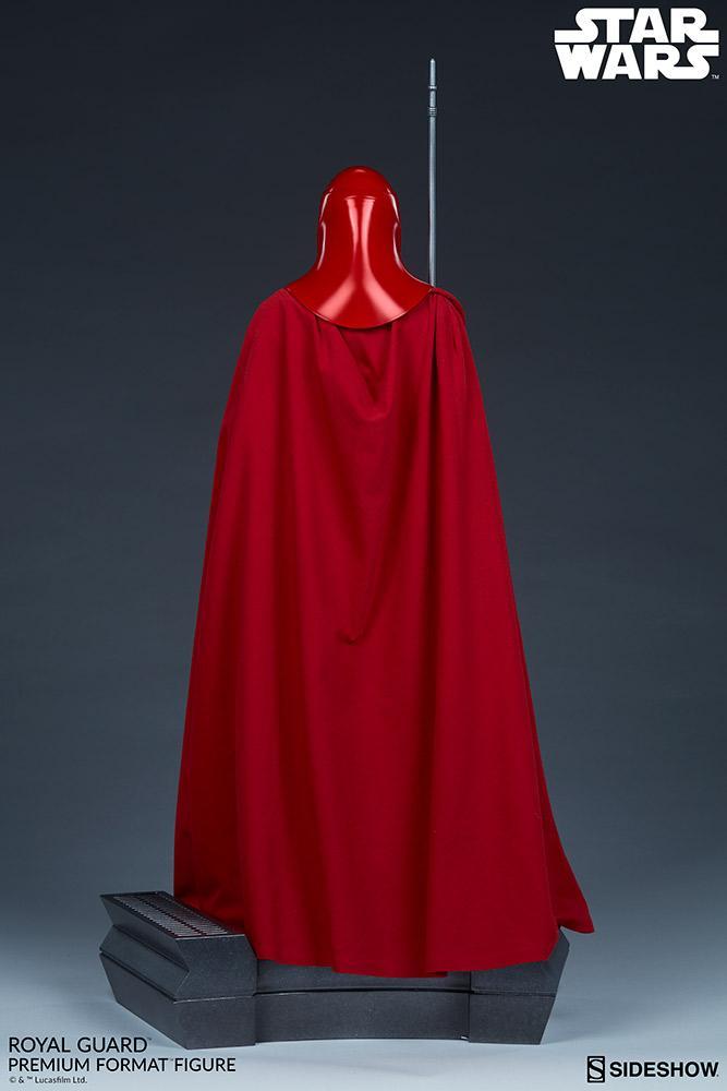 Royal Guard Premium Format Figure - Sideshow (2020) Royalg18