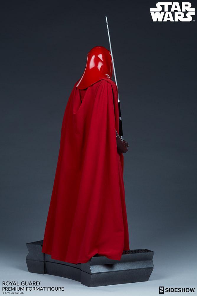 Royal Guard Premium Format Figure - Sideshow (2020) Royalg19