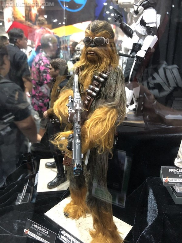Hot Toys Star Wars Solo ASWS - Chewbacca Sixth Scale Figure Sdcc2010