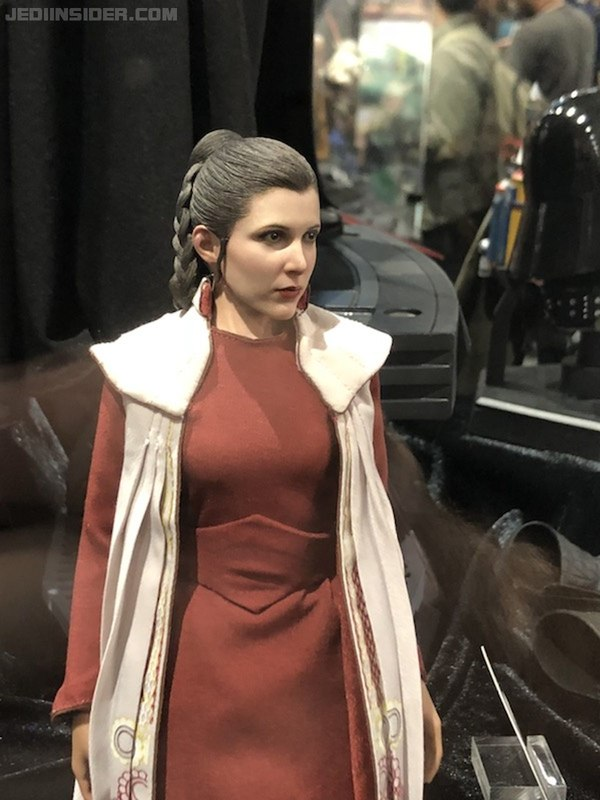 Hot Toys Star Wars - Princess Leia (Bespin) Sixth Scale Fig. Sdcc2012