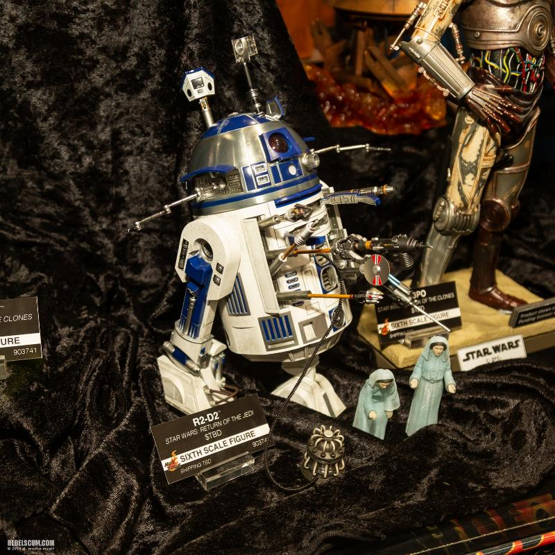 Hot Toys Star Wars - R2-D2 (ROTJ) Sixth Scale Figure Sdcc2024