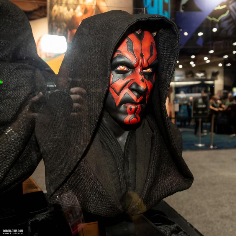 Sideshow Collectibles - Star Wars Darth Maul Life-Size Bust Sdcc2036
