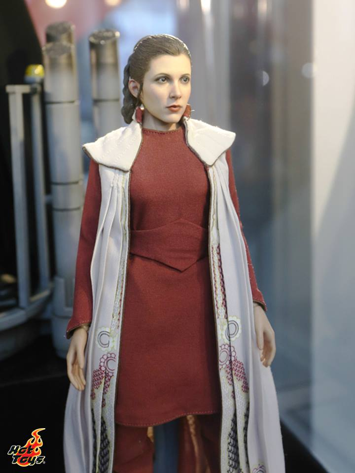 Hot Toys Star Wars - Princess Leia (Bespin) Sixth Scale Fig. Sdcc2070