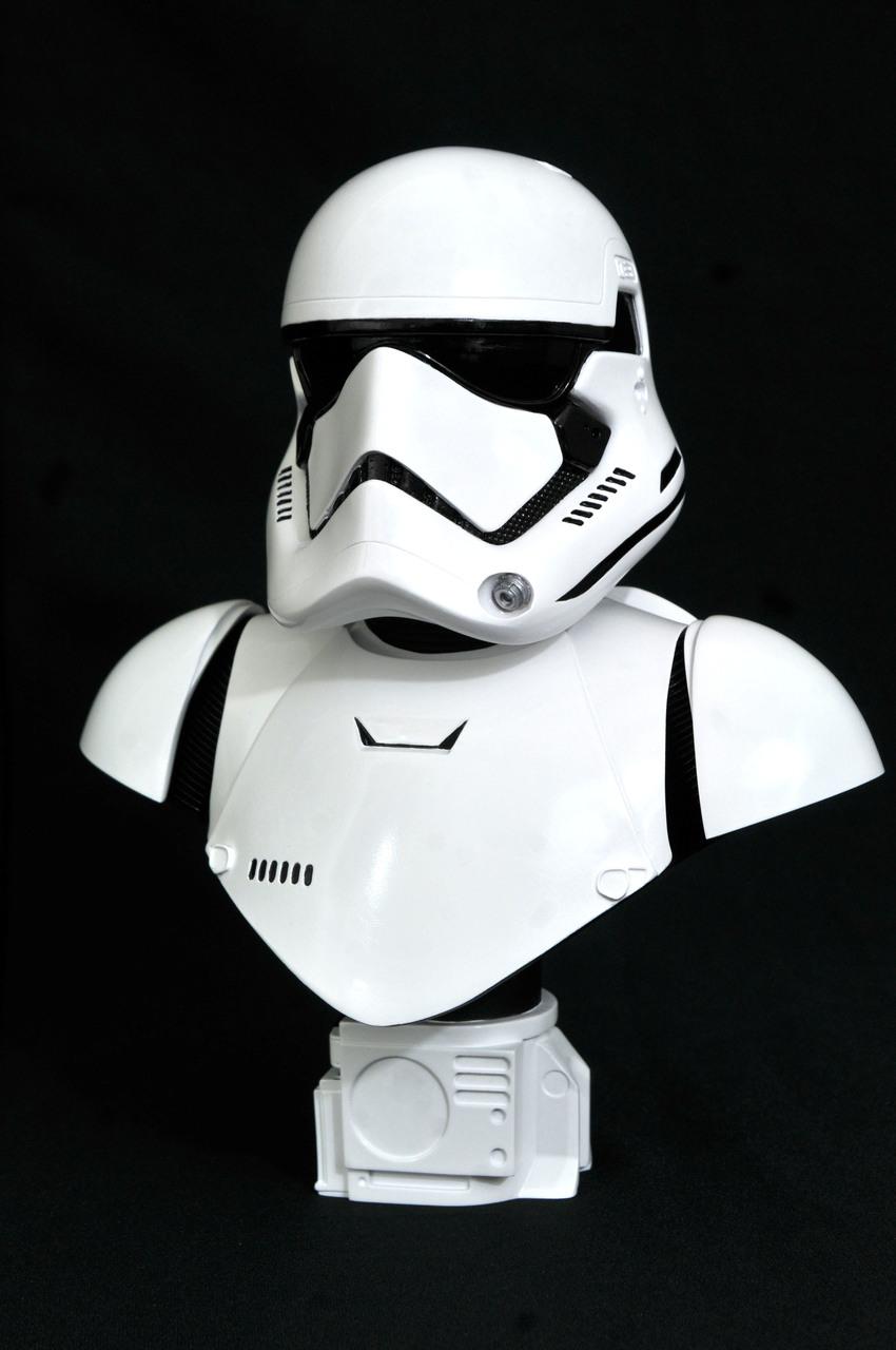 Stormtrooper Ep7 Legends 3D - 1:2 Bust - Gentle Giant / DST  Starw146