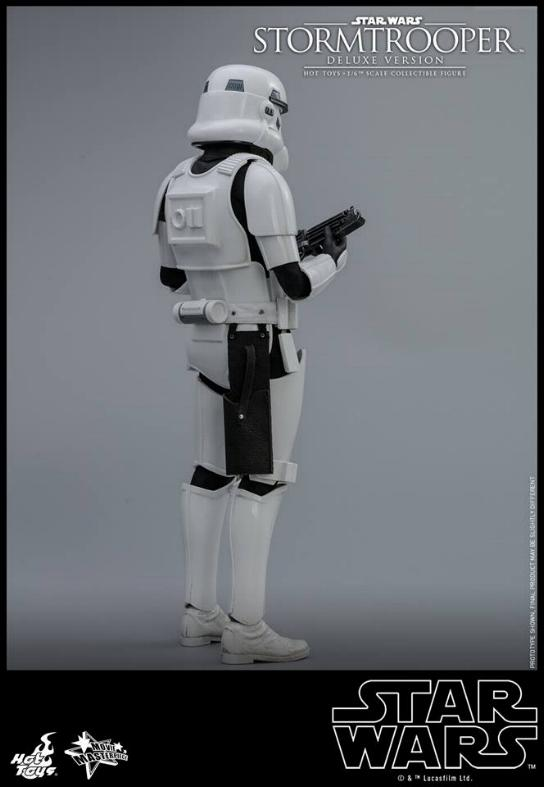 Hot Toys - Stormtrooper 1:6 Collectible Figure (Deluxe) Stormt24