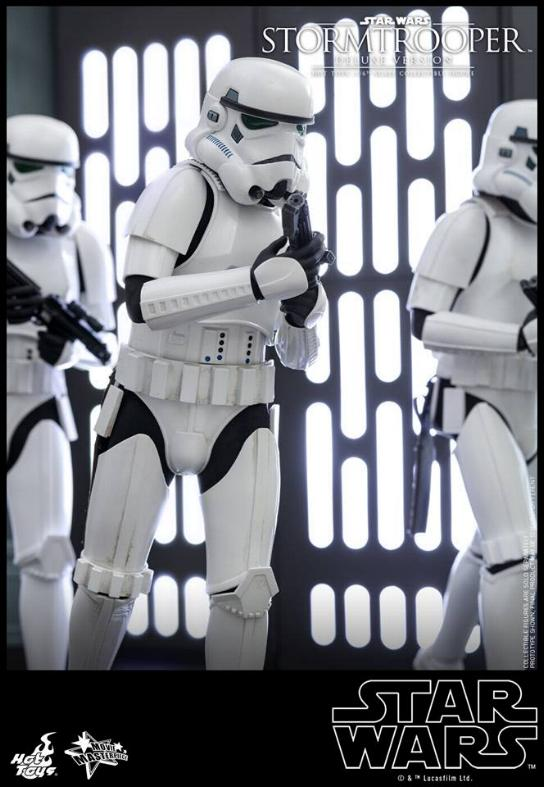 Hot Toys - Stormtrooper 1:6 Collectible Figure (Deluxe) Stormt25