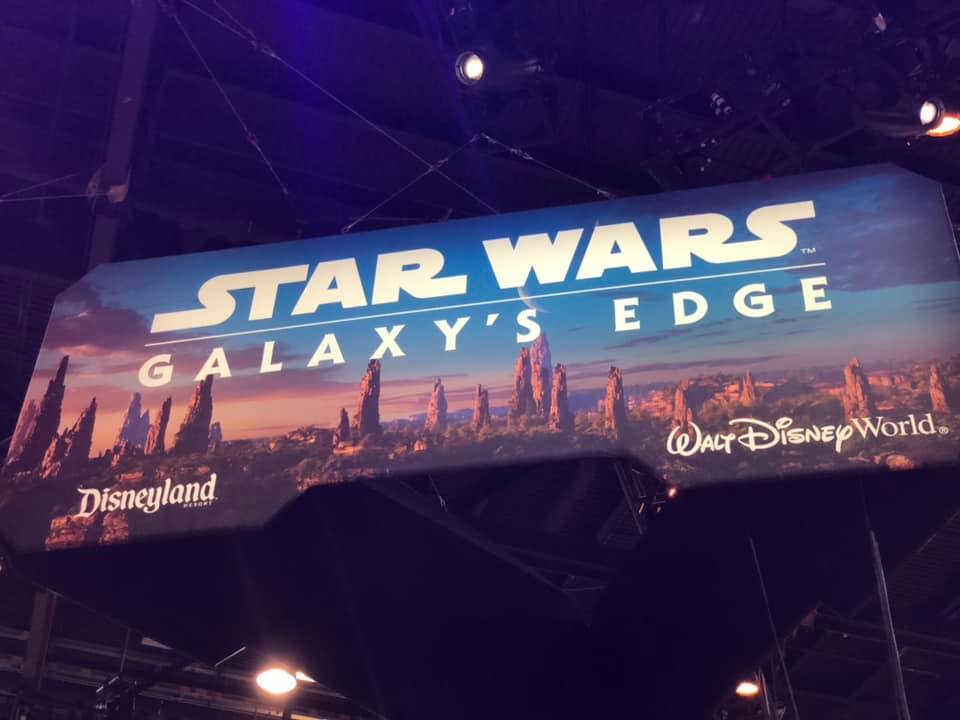 Les news Disney Star Wars: Galaxy's Edge aux Etats Unis (US) - Page 6 Swcc0110