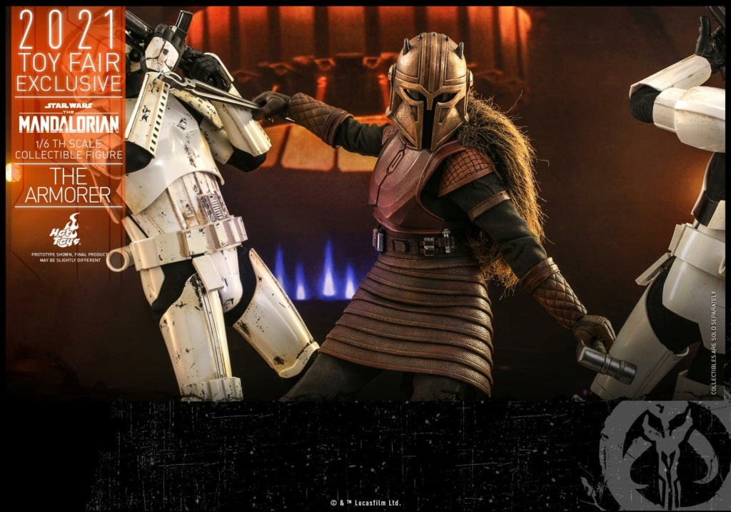 The Armorer Collectible Figure - 1/6th scale - Hot Toys The_ar23