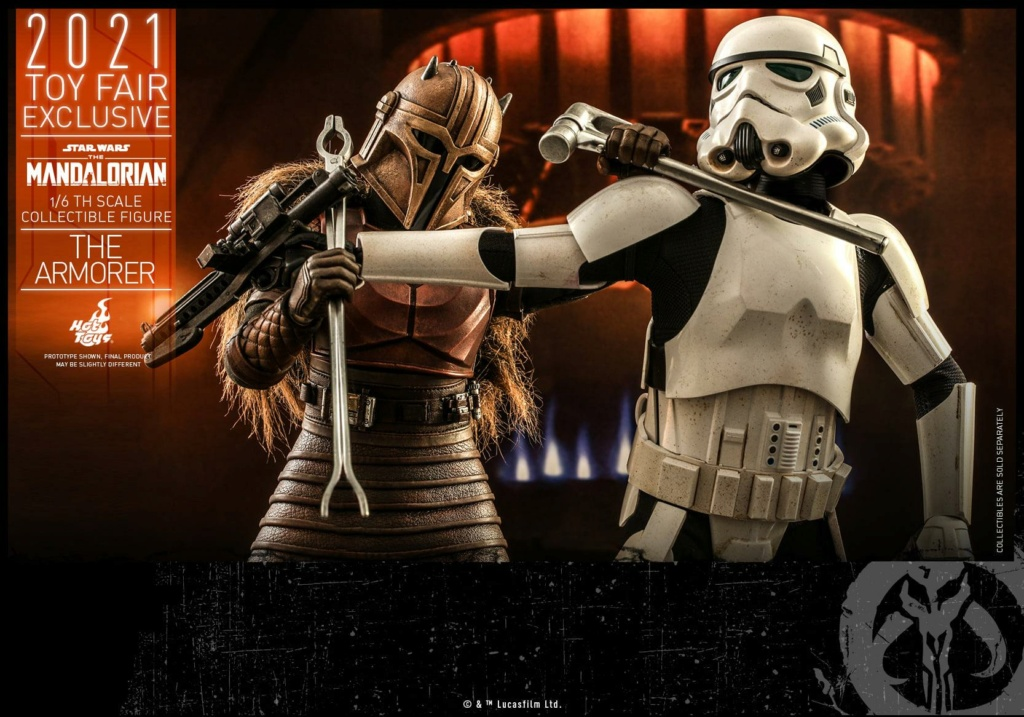 The Armorer Collectible Figure - 1/6th scale - Hot Toys The_ar24