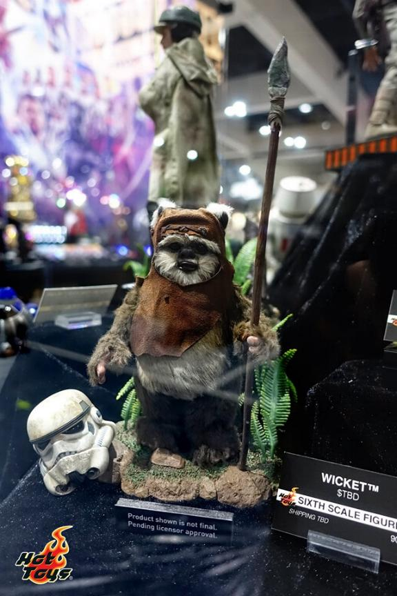 Wicket Sixth Scale Figure - Hot Toys Star Wars Wicket11