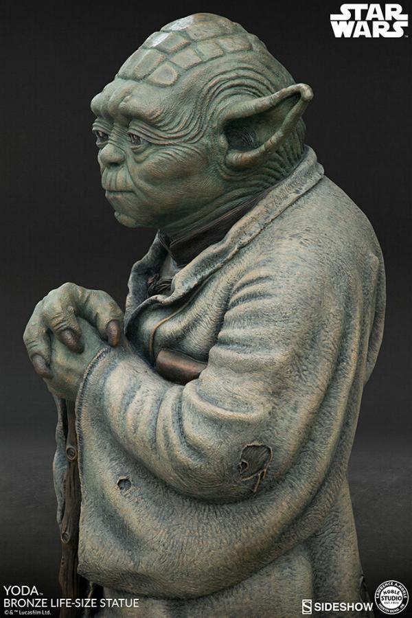 Yoda Bronze Life-Size Statue - Sideshow Collectibles  Yoda-b16