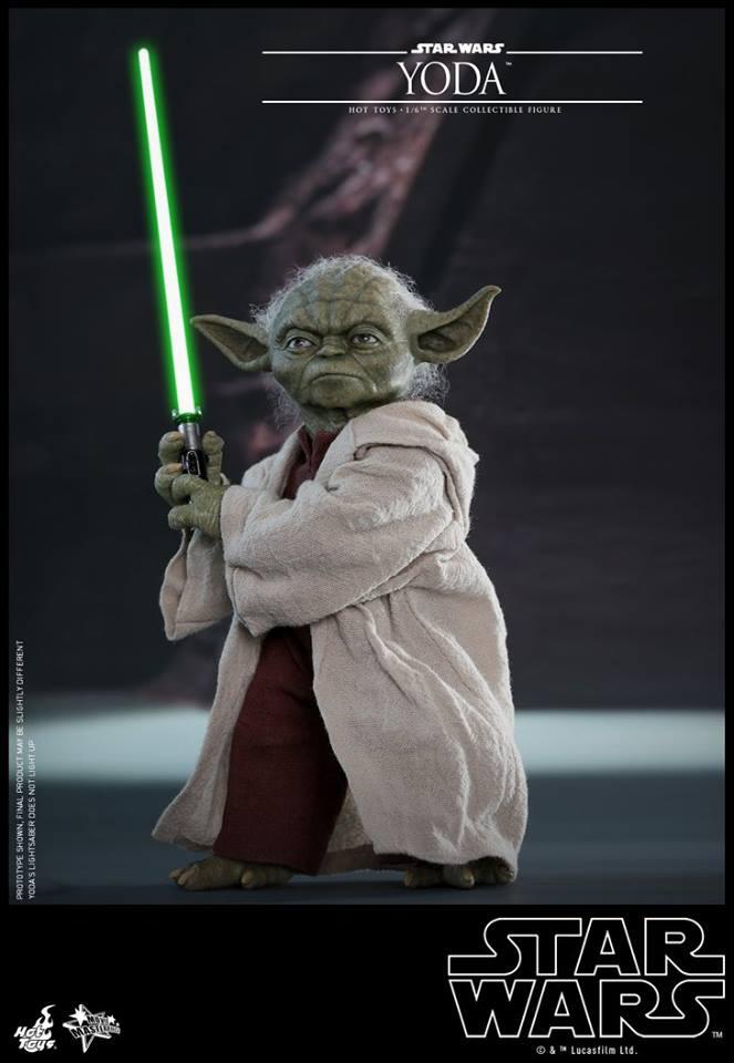 Hot Toys SW EP 2 - 1/6th scale Yoda Collectible Figure. Yoda_e10