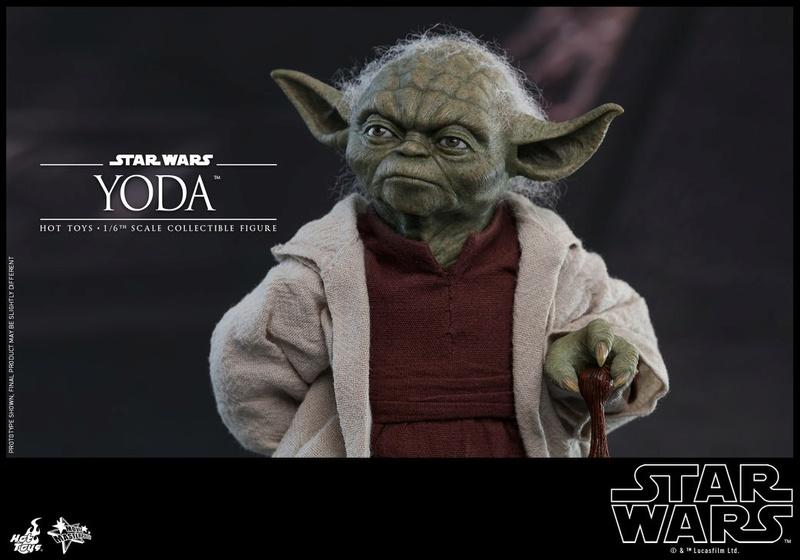 Hot Toys SW EP 2 - 1/6th scale Yoda Collectible Figure. Yoda_e14