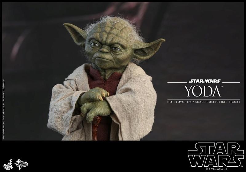 Hot Toys SW EP 2 - 1/6th scale Yoda Collectible Figure. Yoda_e18