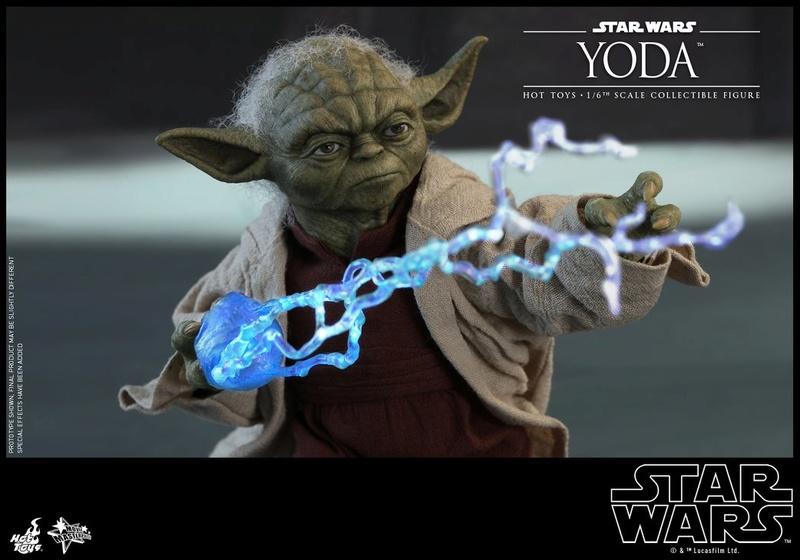 Hot Toys SW EP 2 - 1/6th scale Yoda Collectible Figure. Yoda_e29