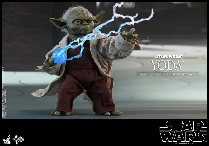Hot Toys SW EP 2 - 1/6th scale Yoda Collectible Figure. Yoda_e30