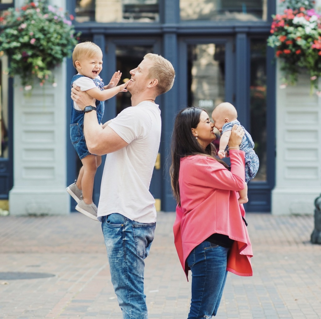 Sean & Catherine Lowe - Samuel Thomas, Isaiah Hendrix & Mia Mejia Updates - No Discussion - Page 6 D55be710