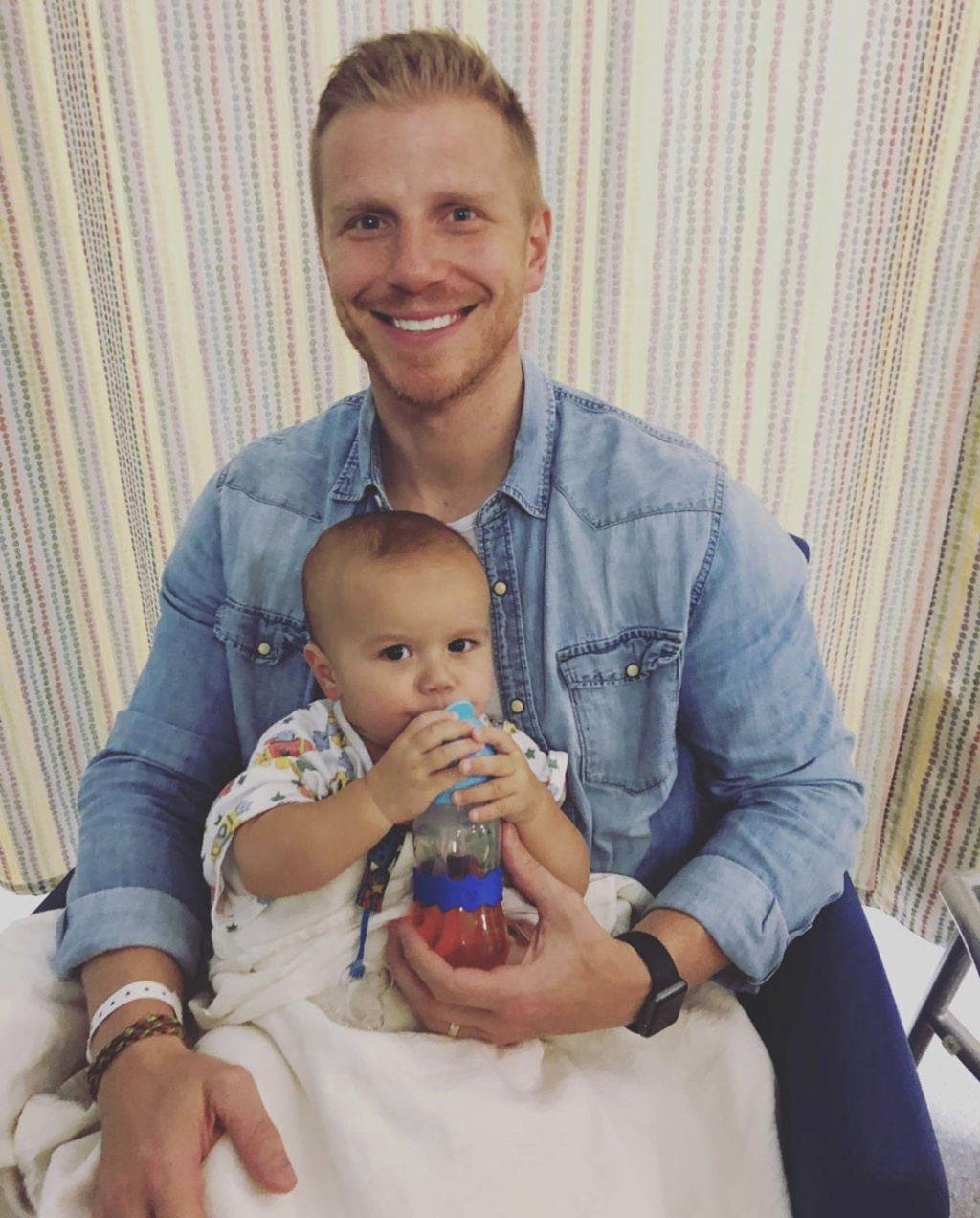 Sean & Catherine Lowe - Fan Forum - Twitter - Facebook - Discussion Thread #71 - Page 7 E6272110