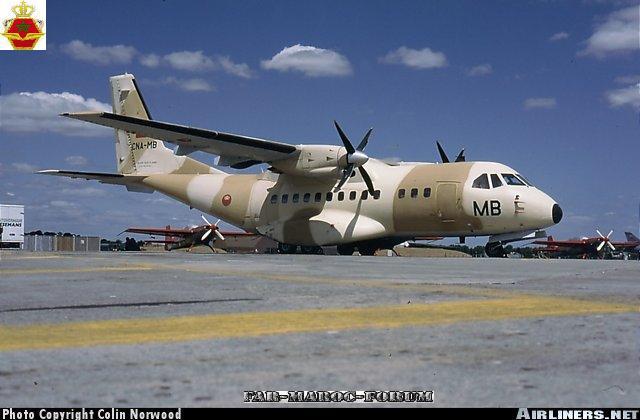 FRA: Photos d'avions de transport - Page 6 02184710