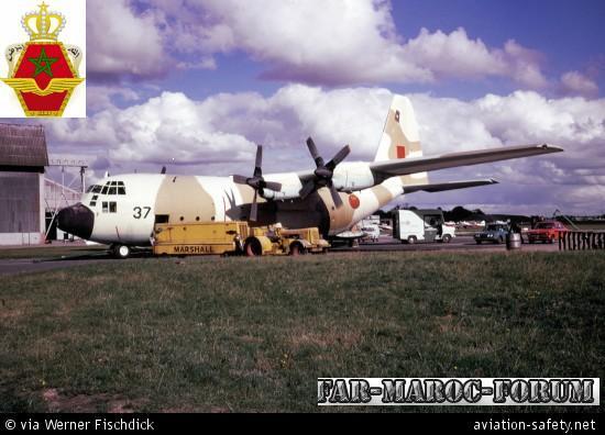 FRA: Photos d'avions de transport - Page 6 19761210