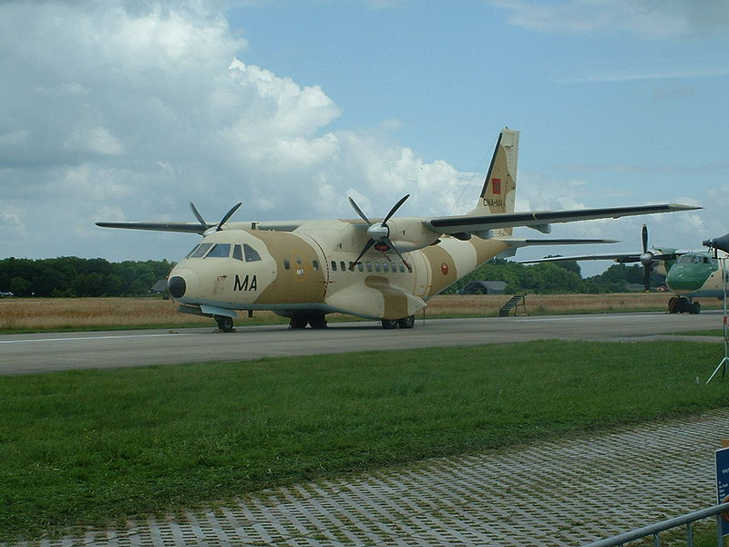 FRA: Photos d'avions de transport - Page 7 800px-11