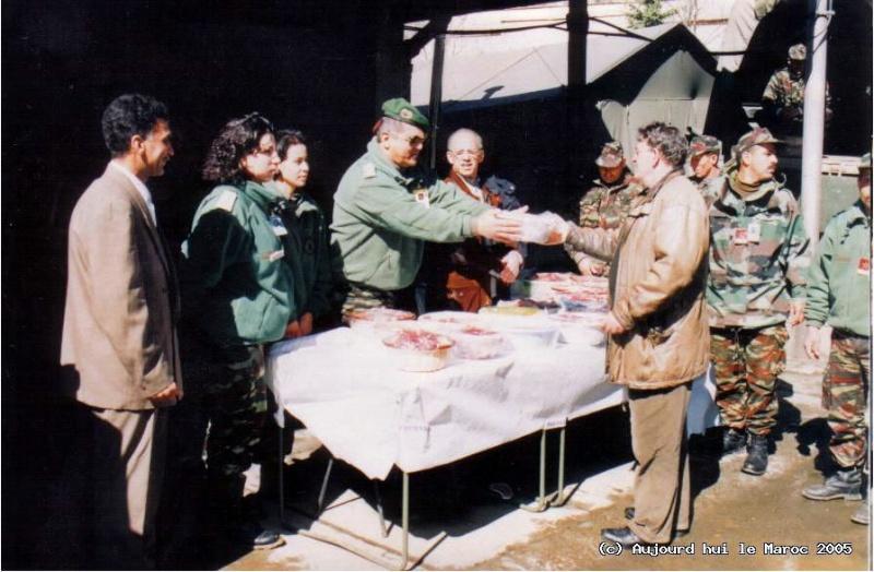 Les F.A.R et le maintien de la paix au monde - Page 3 Kosovo11