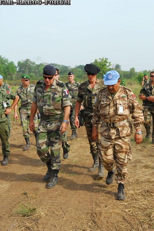 Les F.A.R et le maintien de la paix au monde - Page 3 Visite10