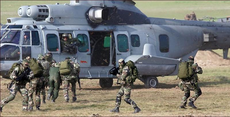 Commando Parachutiste de l'Air n° 30 - CPA 30 Resco-10
